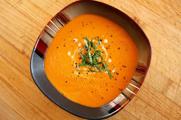 Ντοματόσουπα βελουτέ