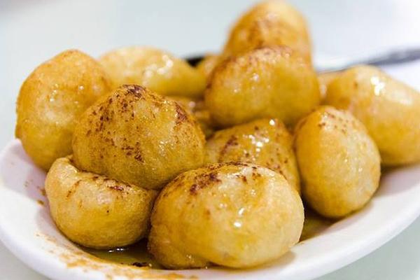 Λουκουμάδες με μέλι