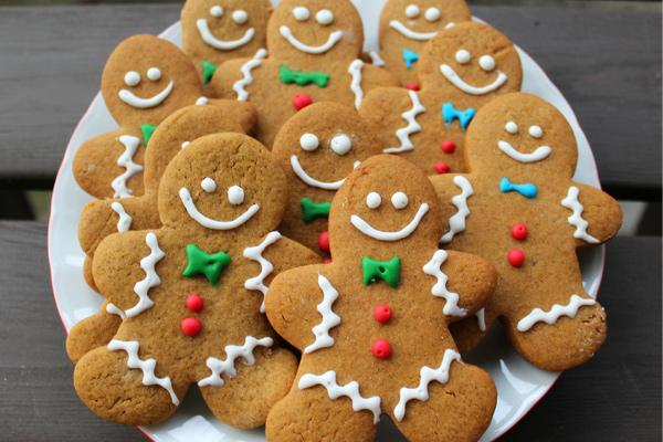 Gingerbread μπισκότα με royal icing