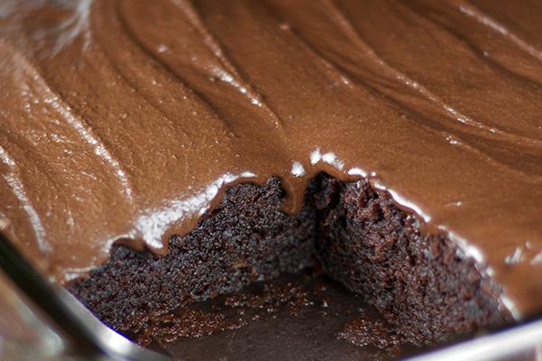 Nηστίσιμο κέικ χωρίς αυγά και βούτυρο
