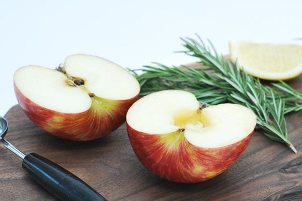 Το μυστικό για να μη μαυρίζουν τα φρούτα