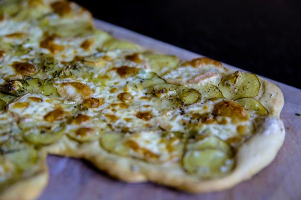 Πίτσα με τέσσερα τυριά Συνταγή