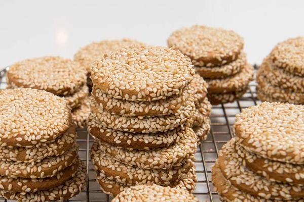 Nηστίσιμα μπισκότα με σουσάμι