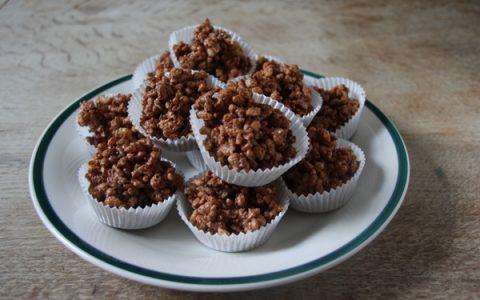Σοκολατάκια με ξηρούς καρπούς (βραχάκια)