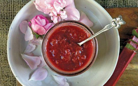Γλυκό του κουταλιού τριαντάφυλλο