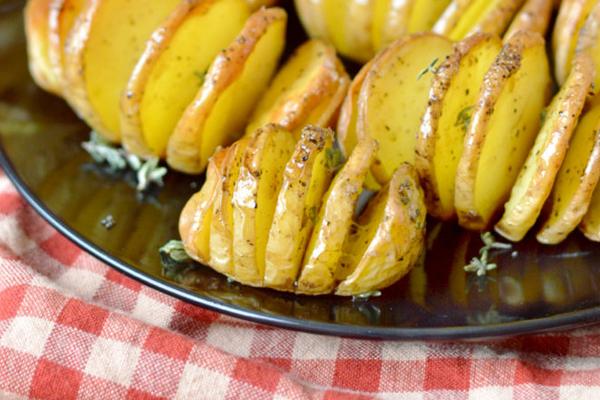 Αρωματικές πατάτες φούρνου Συνταγή
