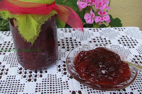 Μαρμελάδα φράουλα με μπαχαρικά