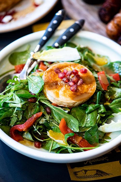 Σαλάτα με κατσικίσιο τυρί