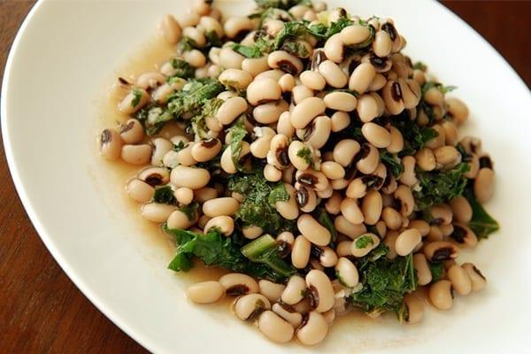 Μαυρομάτικα φασόλια σαλάτα συνταγή