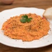 Στραπατσάδα (αυγά με ντομάτα & φέτα)